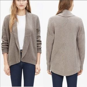 Madewell Cocoon Cardigan Taupe Knit Sweater!
